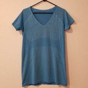 Lululemon blue swiftly short sleeve v-neck size 10